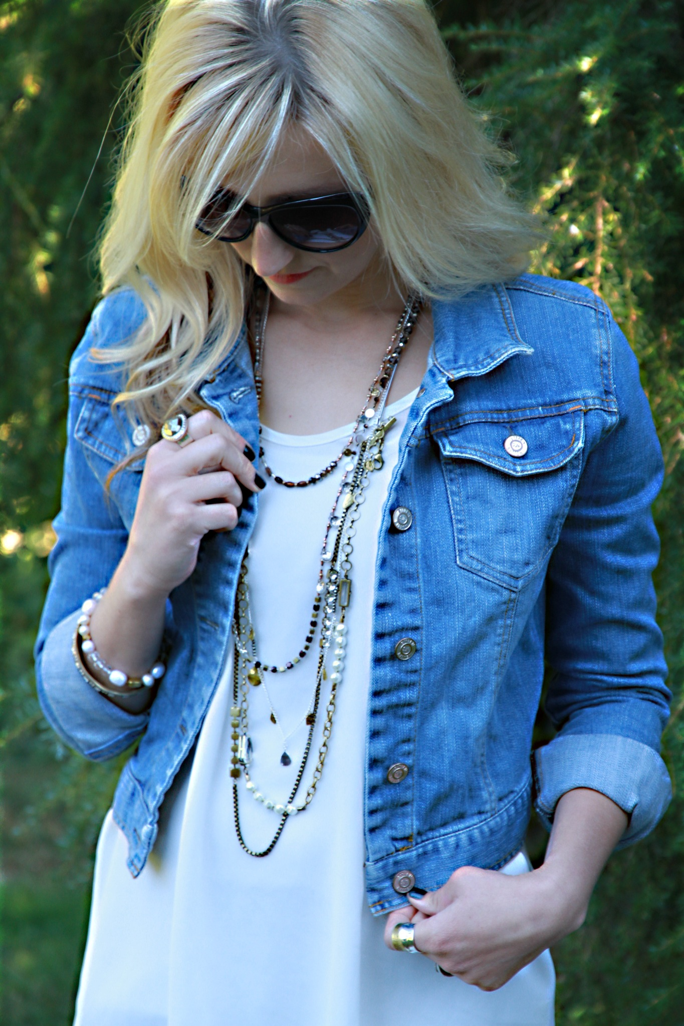 Style Post, how to Layer it on and use accessories…