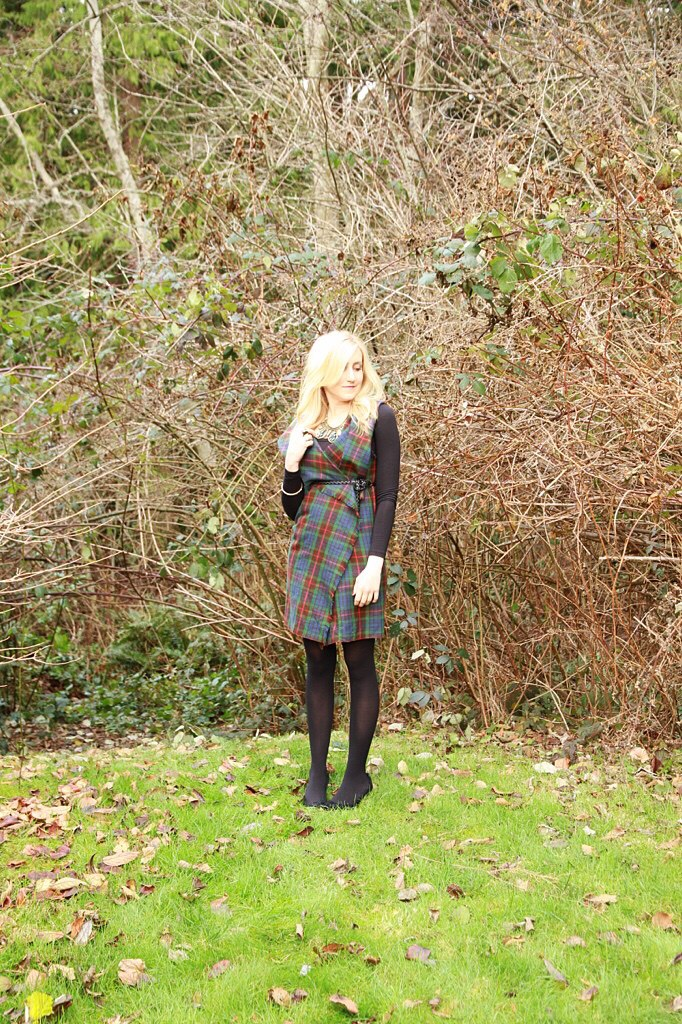 DIY Post – No Sew Holiday Dress/Vest/And More
