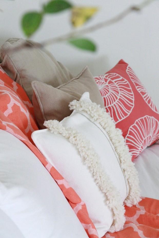 Moroccan wedding pillow DIY