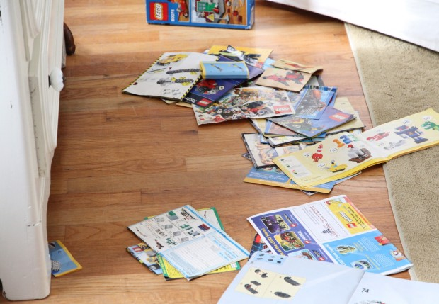 DeclutteringBooksthejourneytosparkingjoy