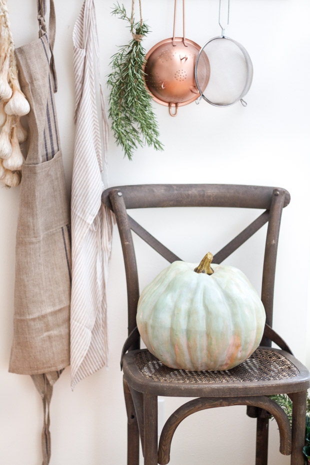 diy-painted-heirloom-pumpkin2