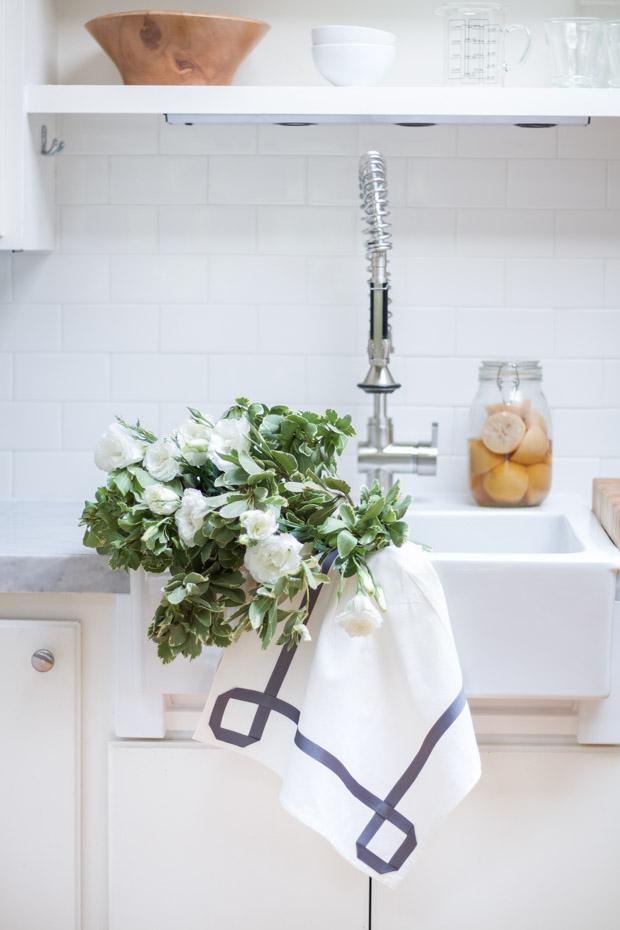 DIY Ribbon Trimmed Kitchen Towel 17