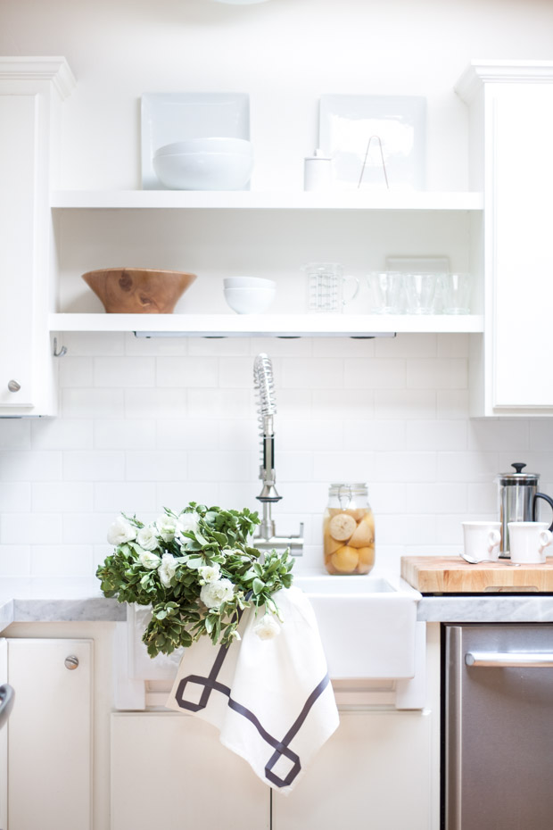 DIY Ribbon Trimmed Kitchen Towel 27