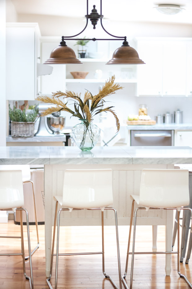 warm-and-neutral-fall-home-tour22