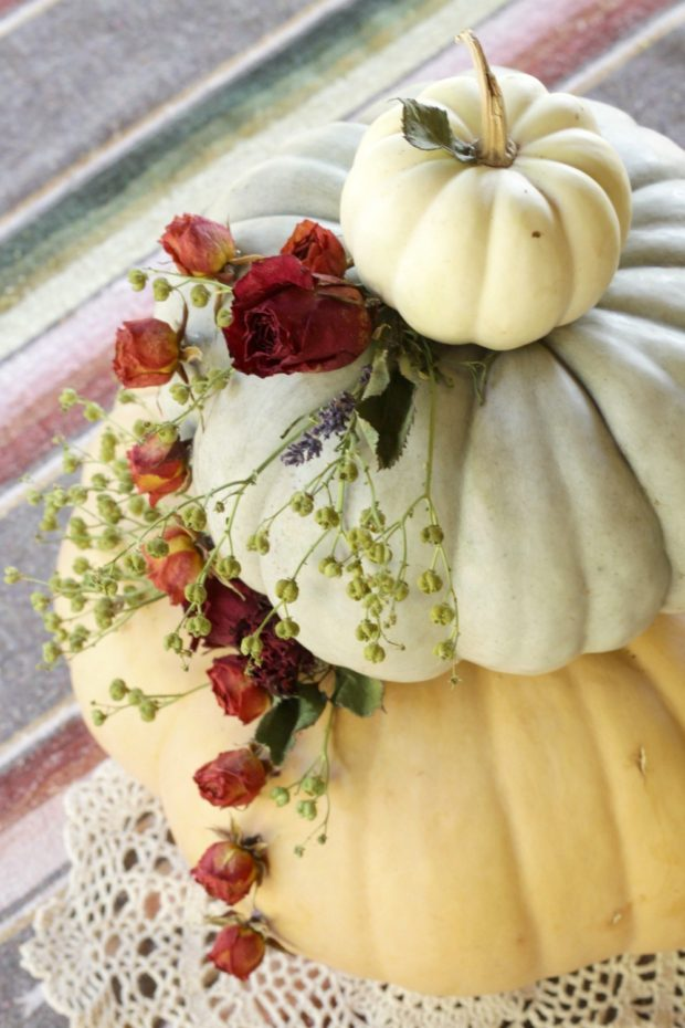 floral-fall-pumpkin-centerpiece