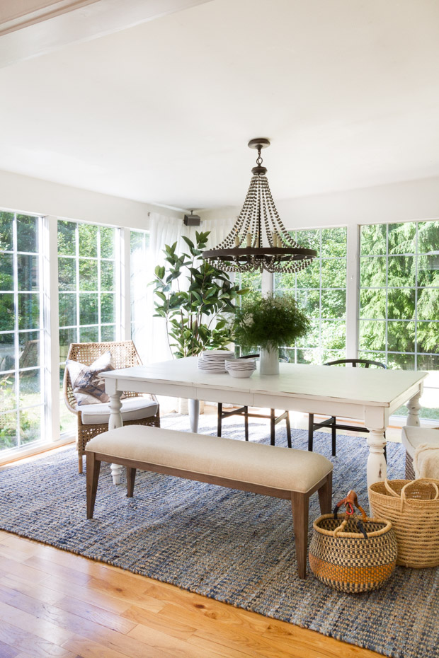 What I Especially Love About This Rug Is That It Brings Value To The Space But D Affordably Gorgeous Blue Patterned Rugs Are Very Popular Right Now