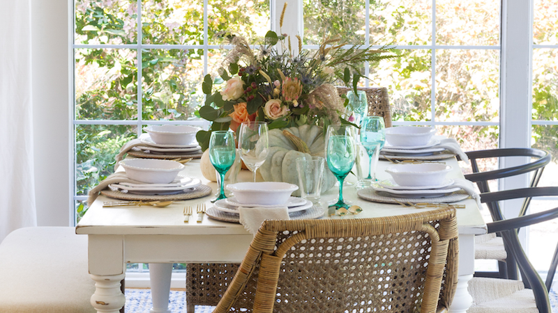 Thanksgiving Entertaining – A Pumpkin Themed Table