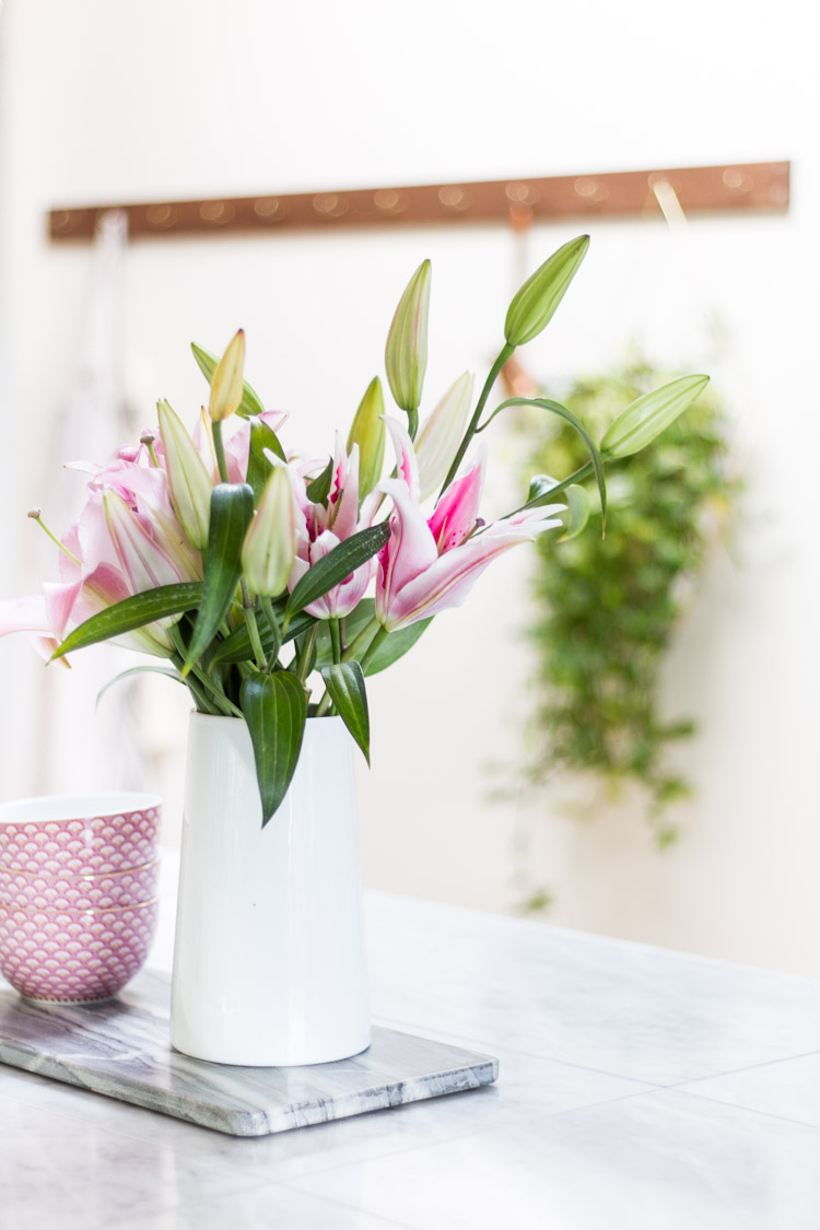 Spring Styling Tour - Fresh Greenery and Pink Touches in the Kitchen
