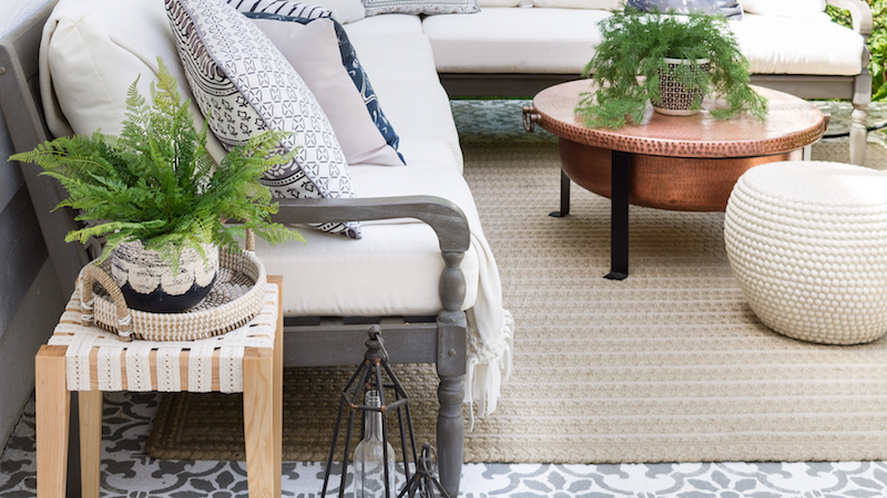 Outdoor DIY – A Boho-Chic Side Table