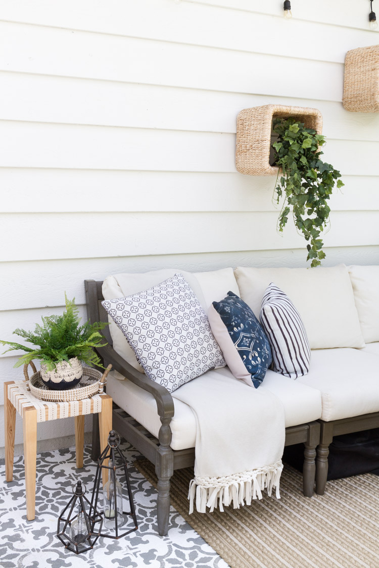 Outdoor DIY - A Boho-Chic Side Table