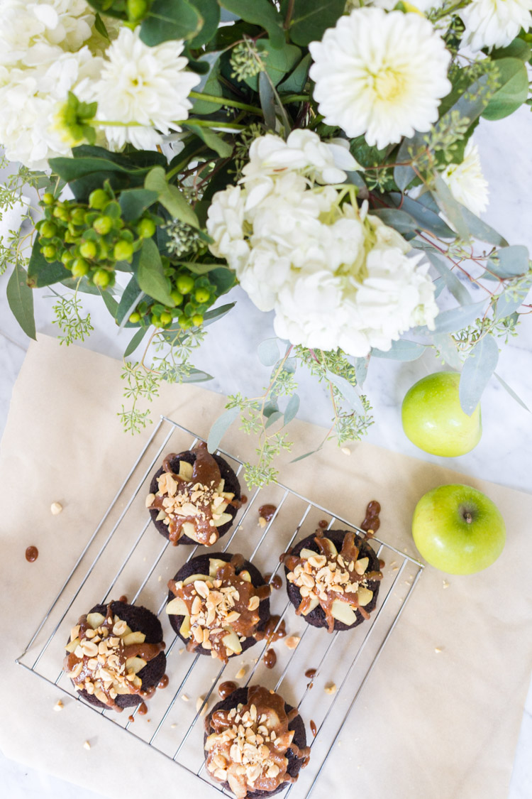 caramel apple chocolate mini cakes_