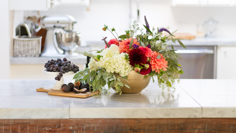 Fall Touches in our Kitchen – Season of Home Tour