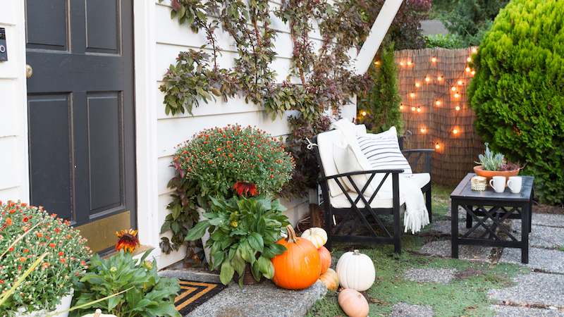 Fall Porch – Seasons of Home Tour