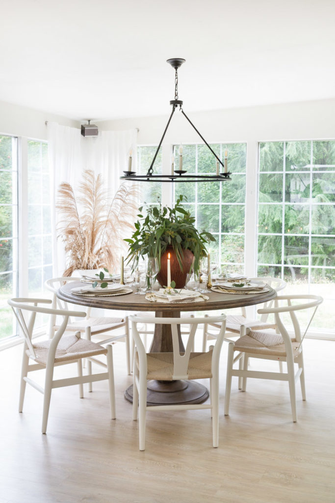 Neutral and Elegant Fall Dining Room