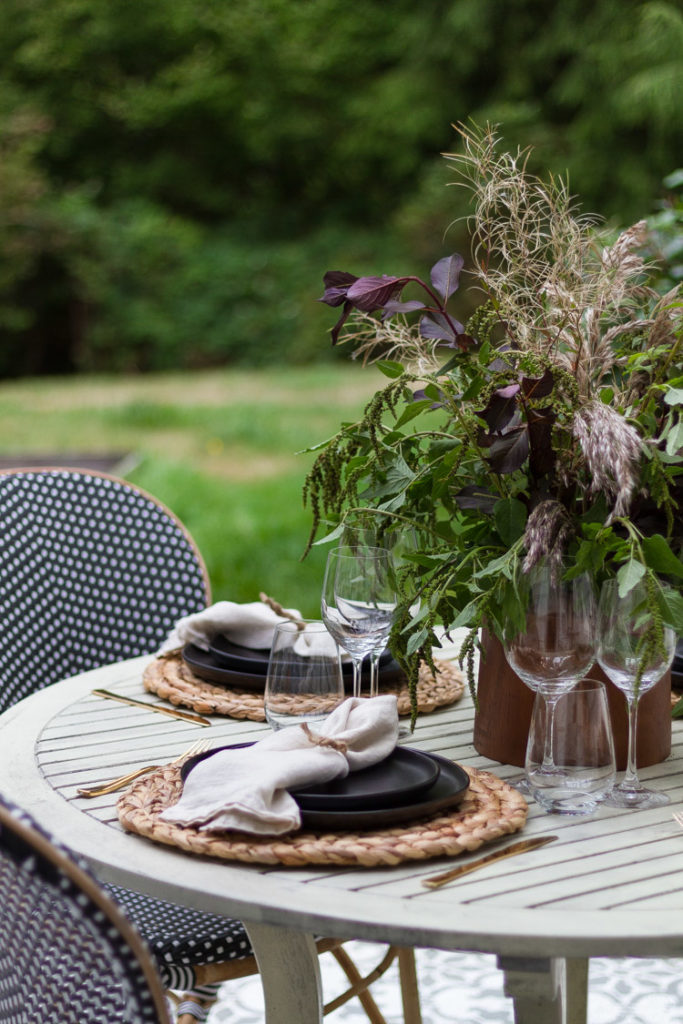 Table Setting with Black Dishes for Fall