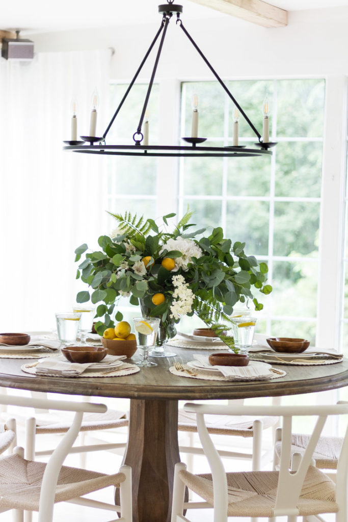 Easy Summer Dining Table 8