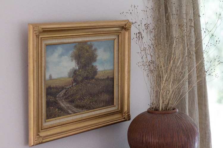 Tips and Tricks for Buying Affordable Vintage Art