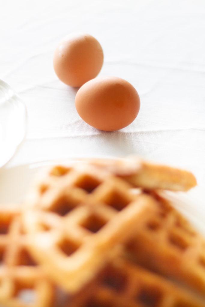 Easy Waffle Eggs Benedict